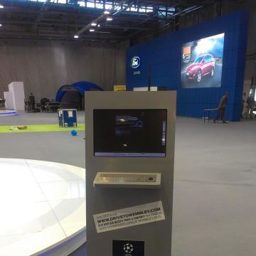 Informační kiosky FORD výstava