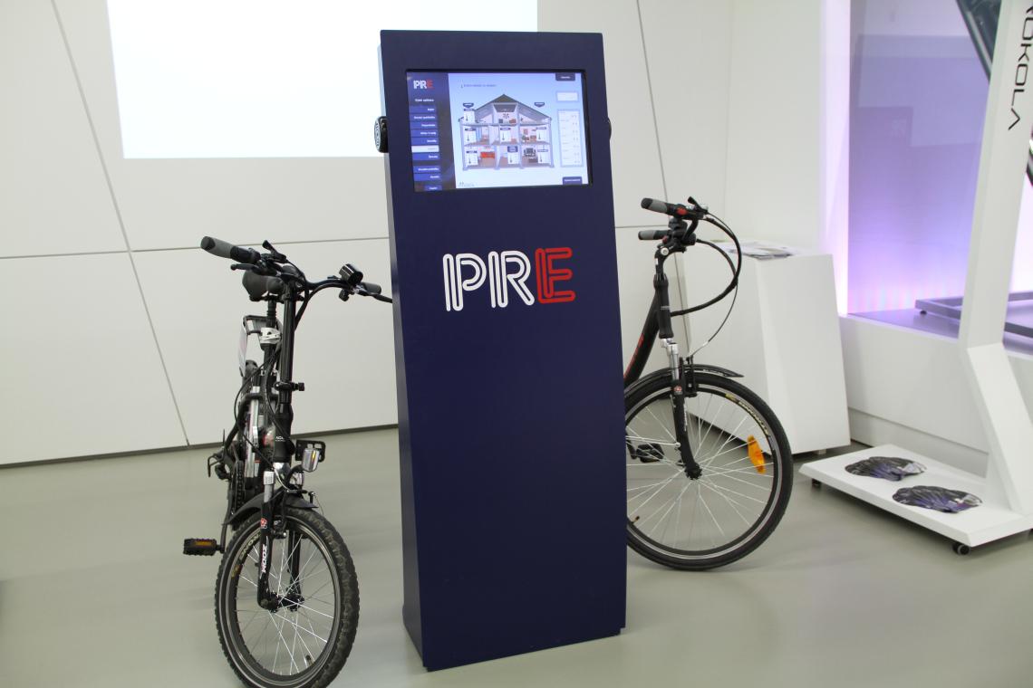 Informační kiosky - multimediální kiosek pro PRE
