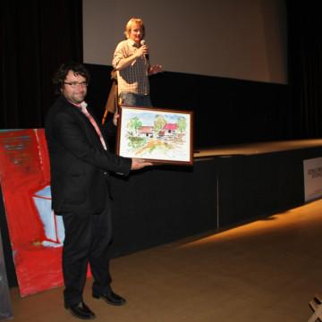 Bio Oko premiéra filmu Odborný dohled nad východem slunce, aukce pro Amnesty International ČR